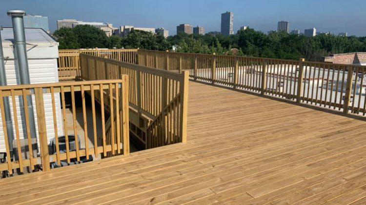 wood deck building chicago